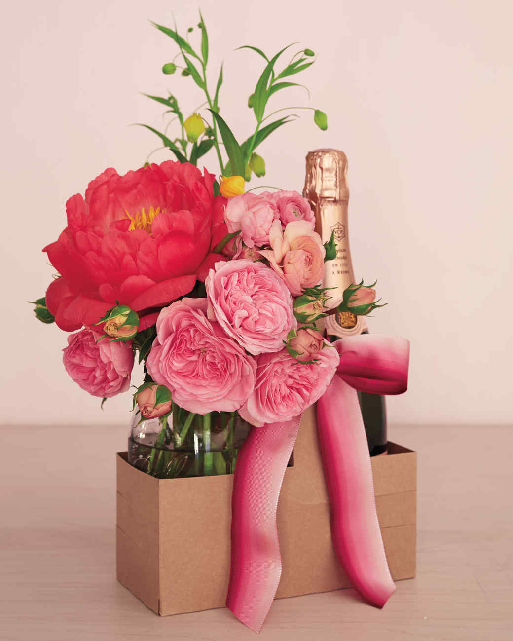 crafts-champagneflowers-027-r-mld110777.jpg