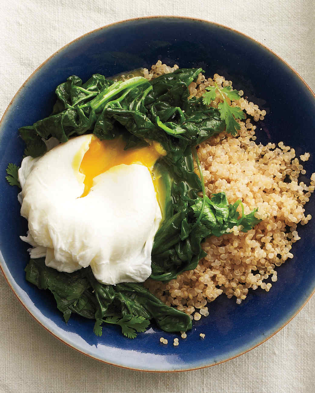 eggs-poached-spinach-417-comp-med110298.jpg