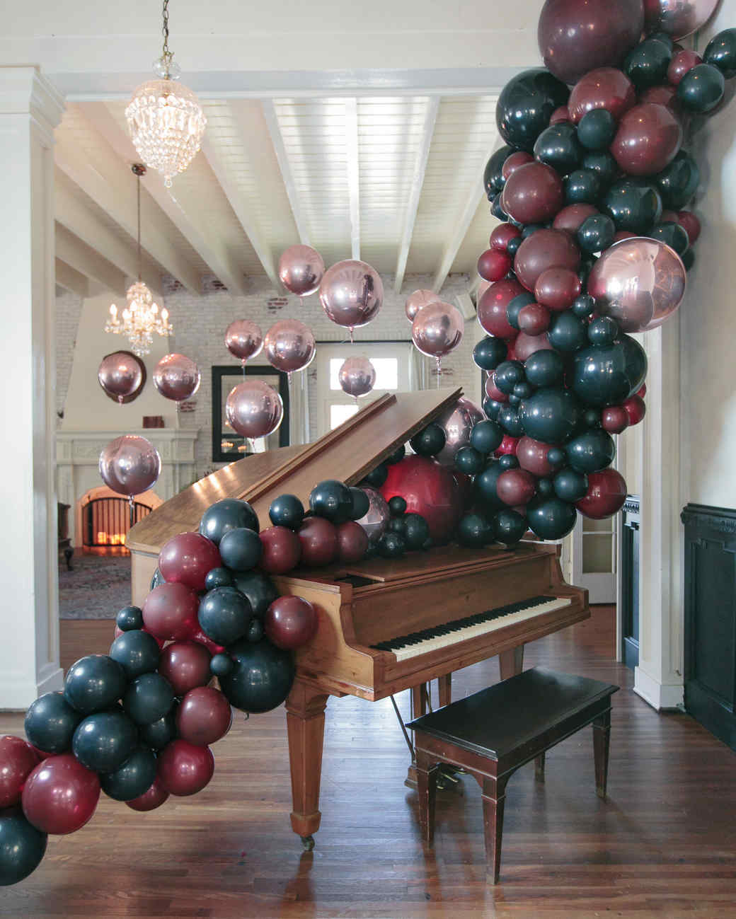 23 balloon ideas thatll give your next party extra pop martha stewart - Christmas Balloon Decor