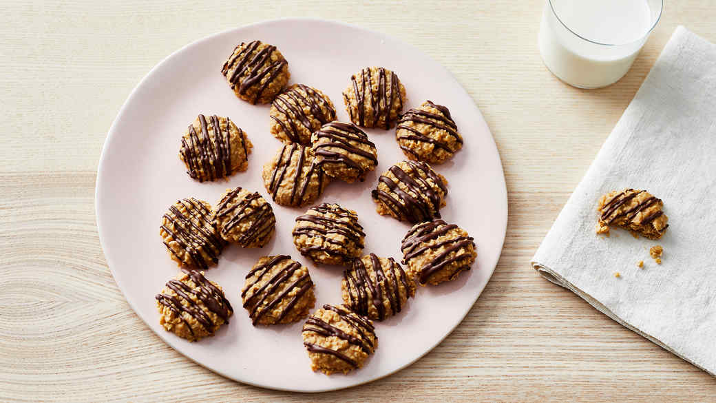 peanut butter no bake cookies served on a pink plate