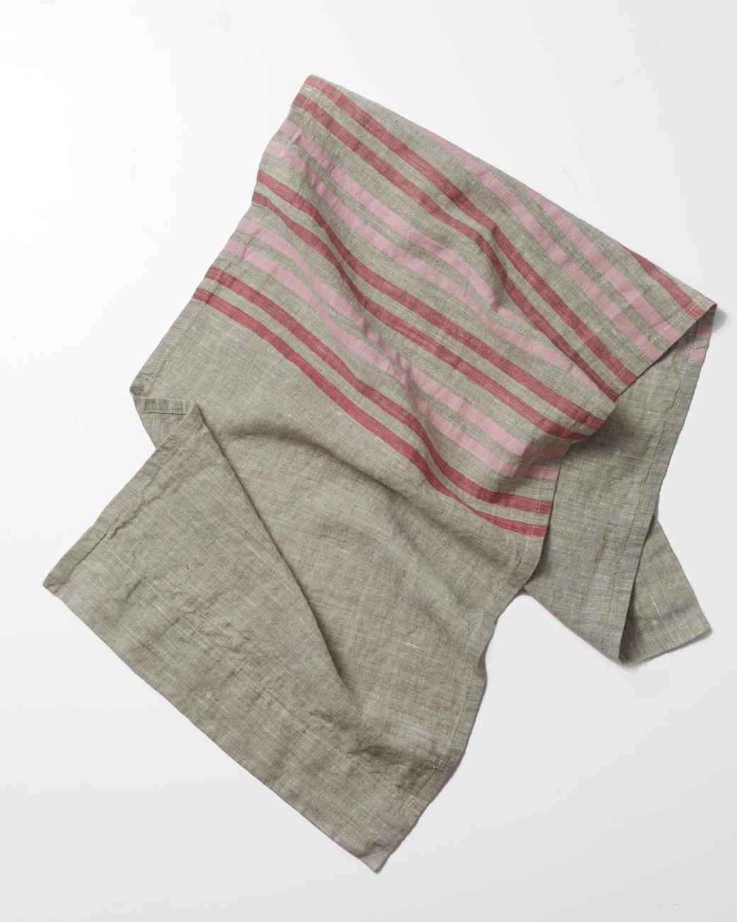table-linen-red-stripe-093-d111535-1214.jpg
