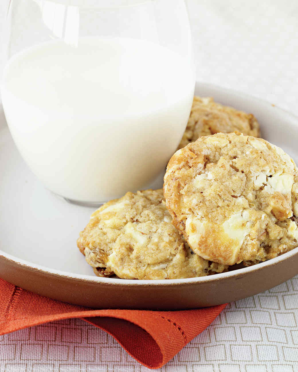 white-chocolate-cookies-hol05-msd101476.jpg