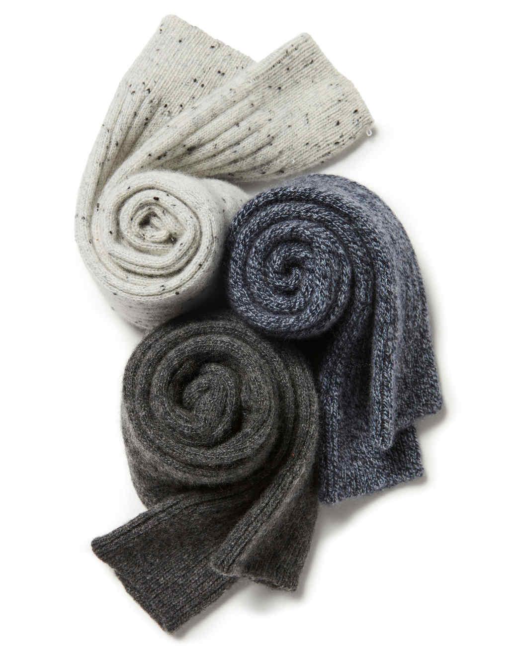 灰色卷起羊绒袜