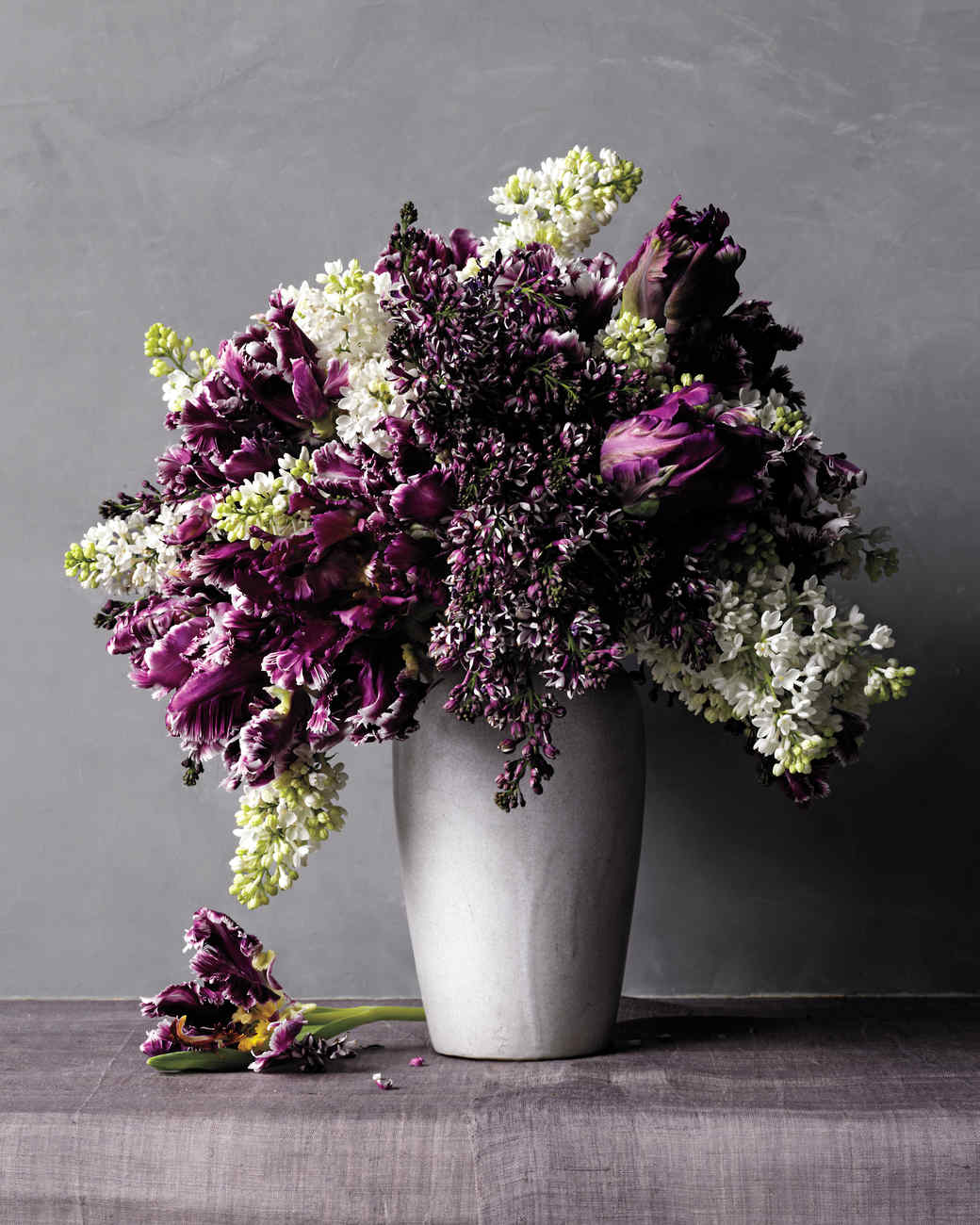 lilacs-flower-arrangement-n-comp-d111001.jpg