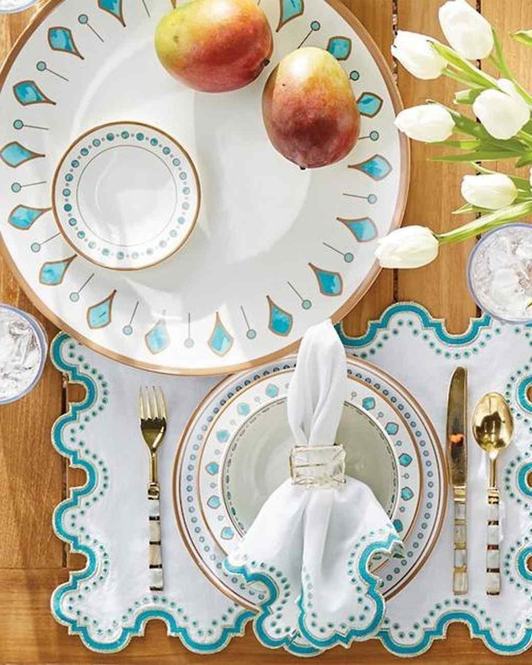 & 10 Glamping Entertaining Essentials | Martha Stewart