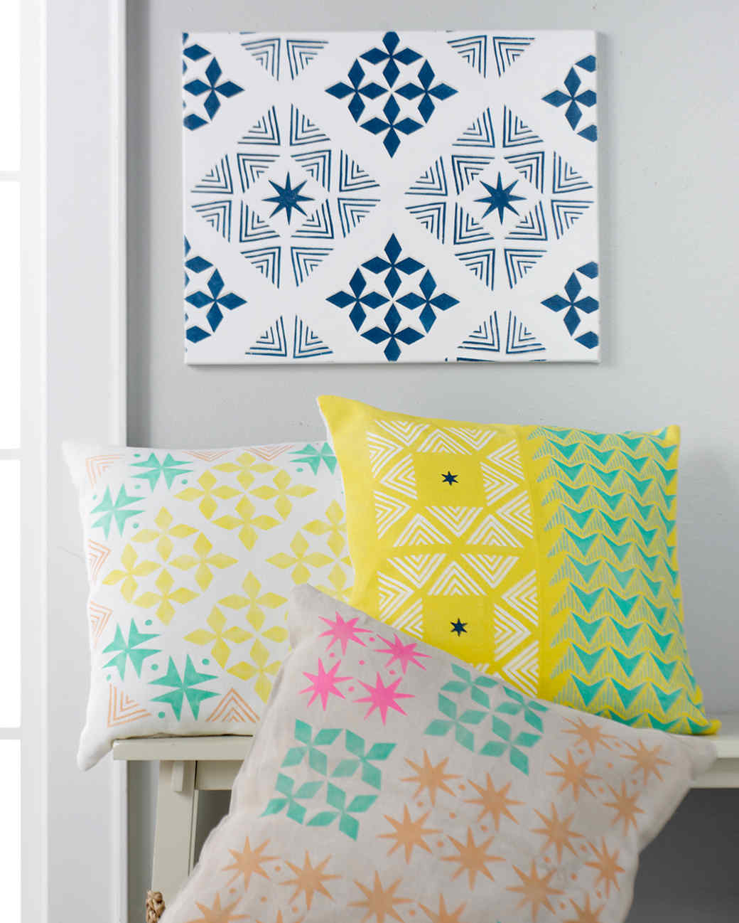 DIY Stenciled Throw Pillows