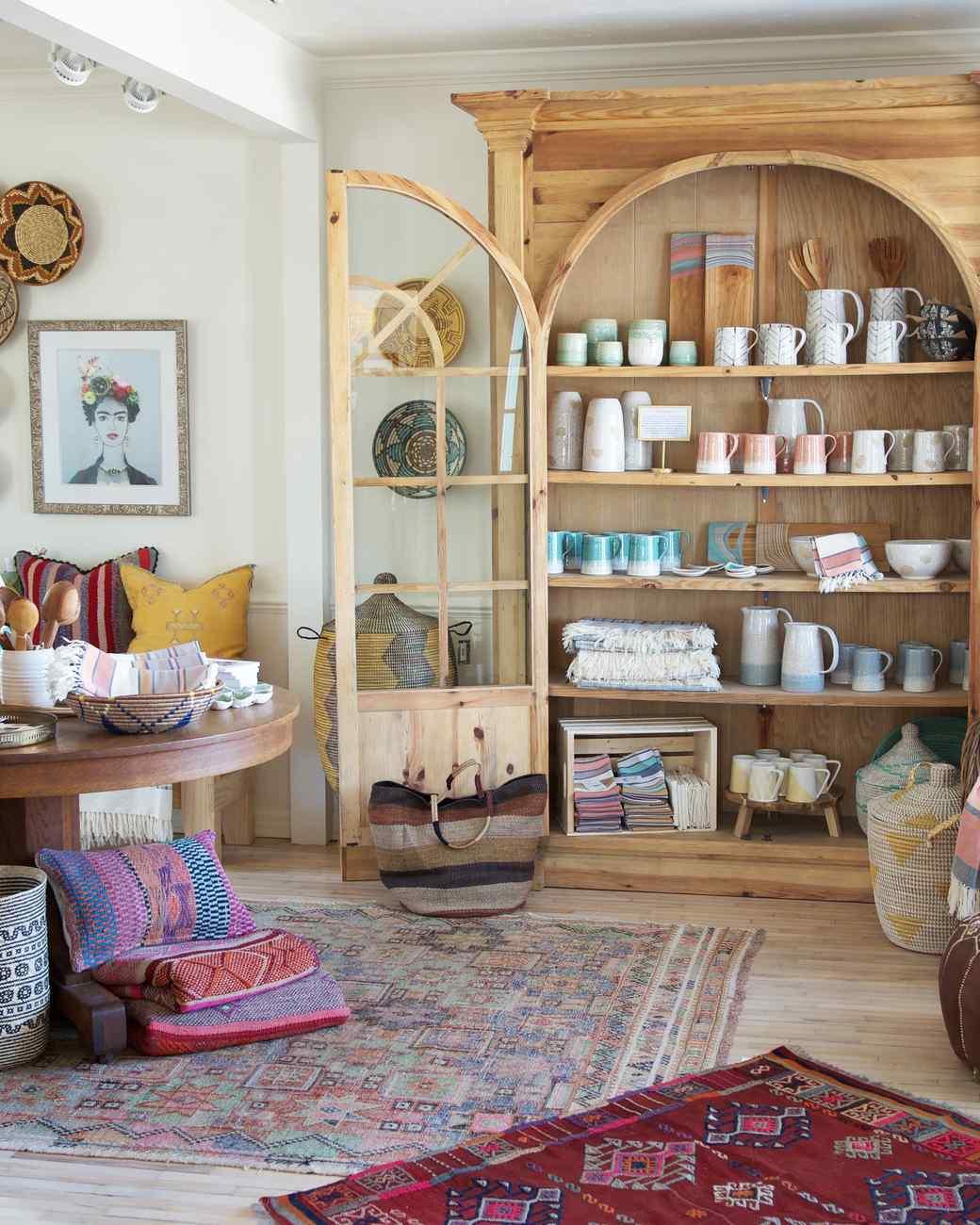 sister-golden-shop-interior