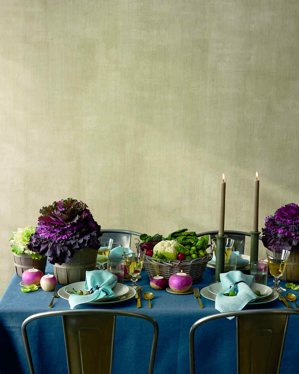 & 40 Thanksgiving Table Settings to Wow Your Guests