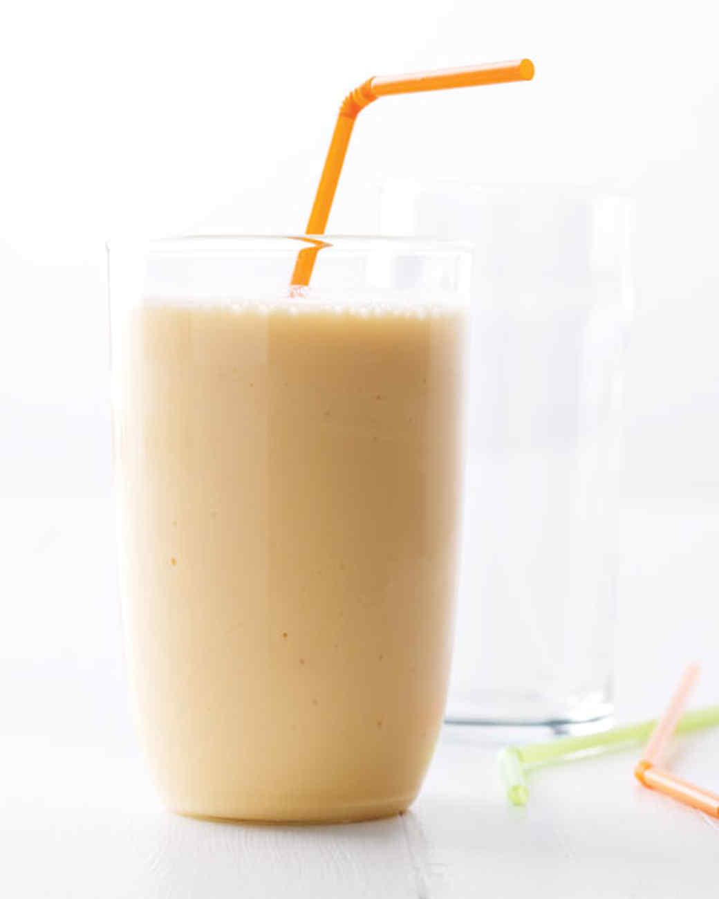 Nectarine-Yogurt Smoothie