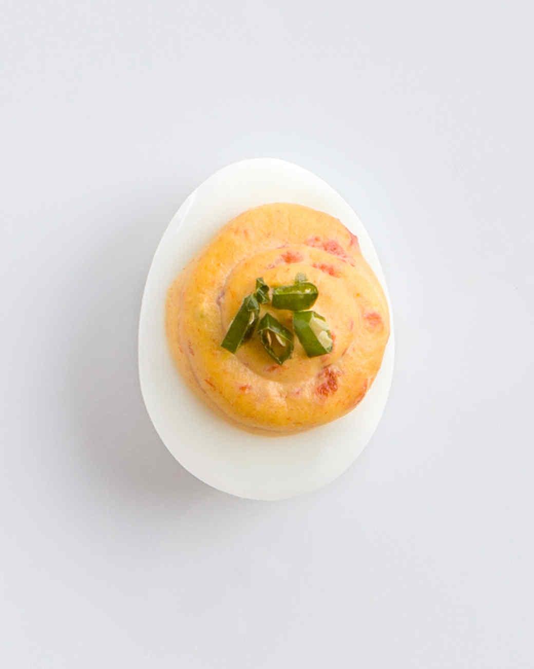 red-pepper-chili-deviled-eggs-d1110281128.jpg