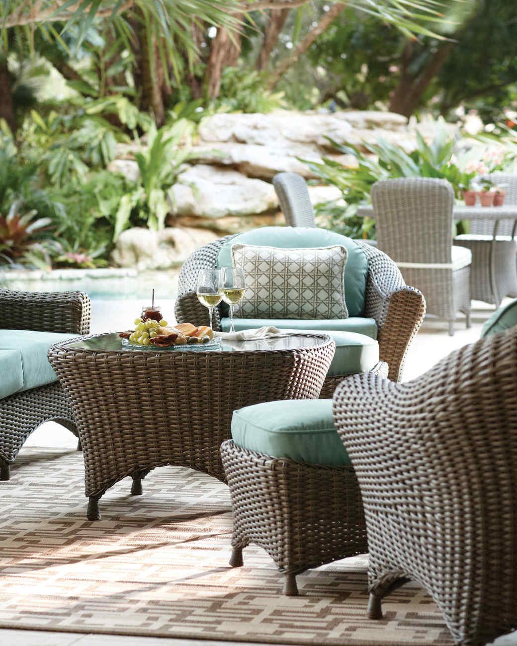 thd-patio-seating-blue-lakeadela-mrkt-0215.jpg