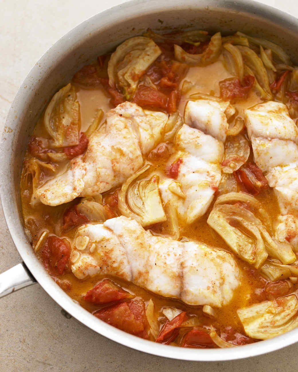 braised fish with fennel and tomato