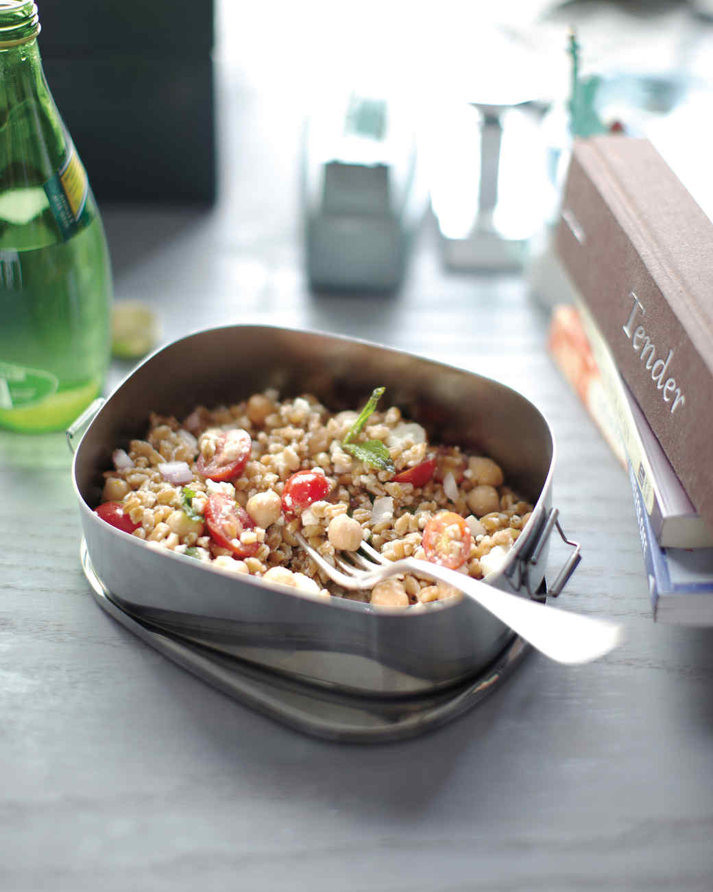 farro chickpea salad
