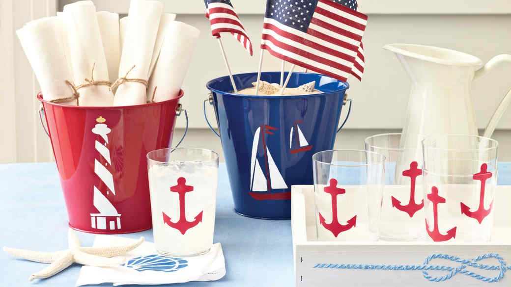 15 Labor Day Decorations to Salute the End of Summer