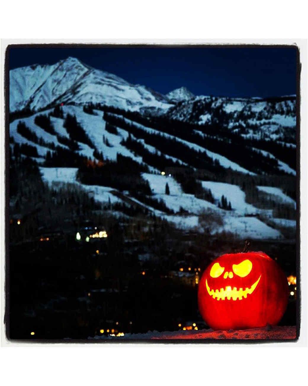 halloween-hunt-ugc-jack-o-lantern-cafecrafty.jpg