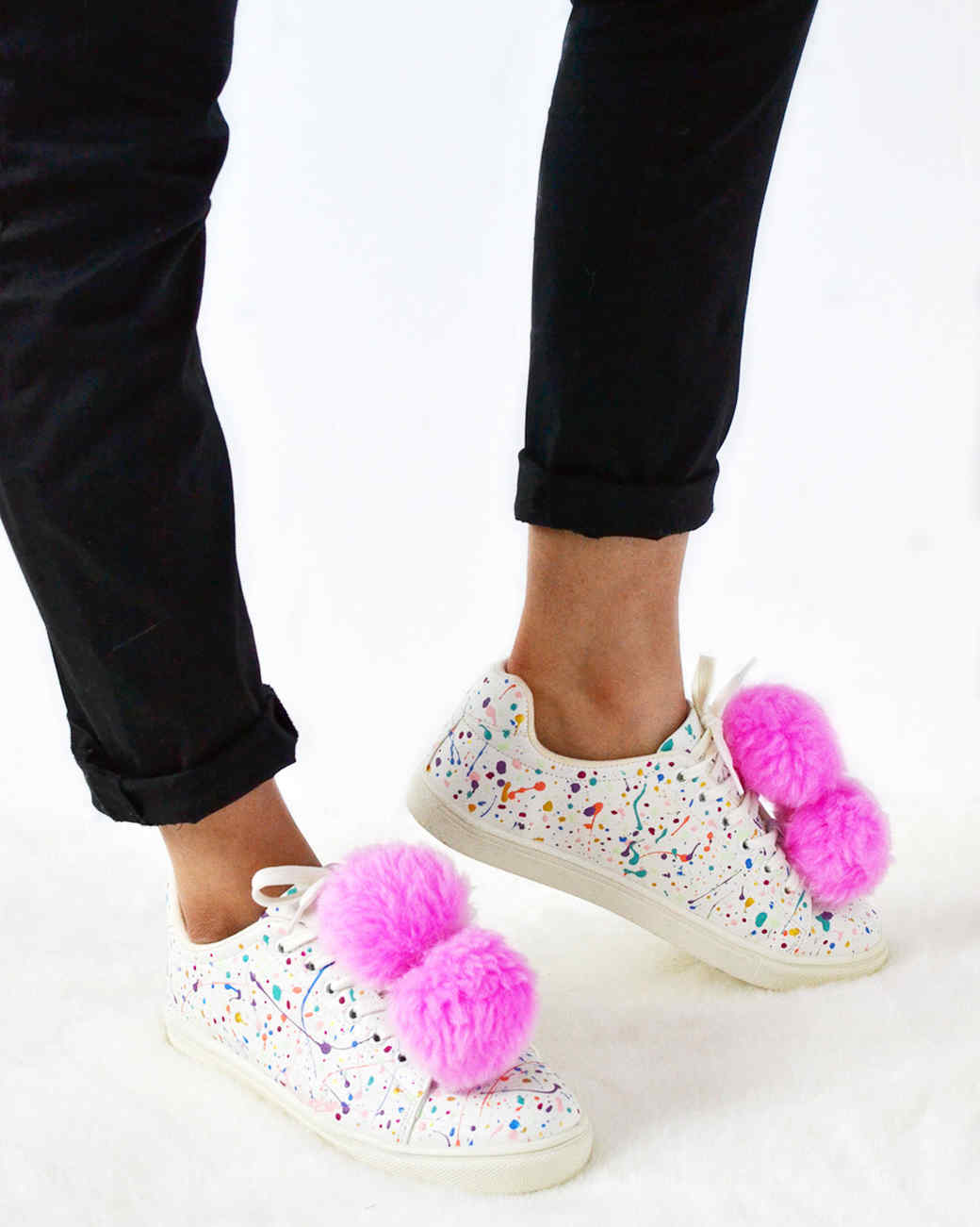 diy-splatter-pom-trainers-final-standing-0417