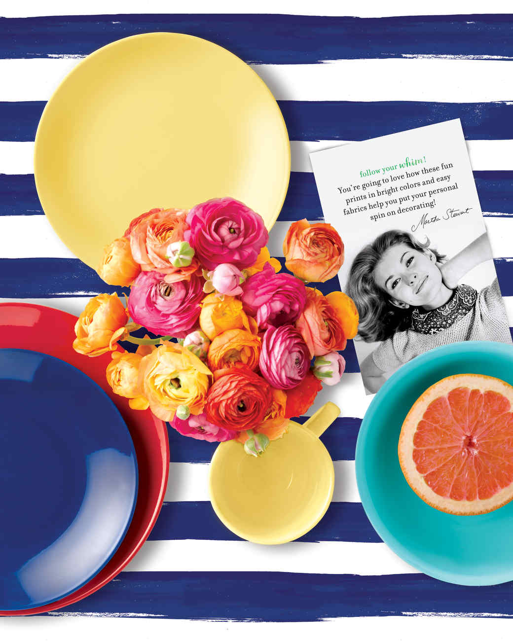 msmacys-whim-dinnerware-heroimage-mrkt-0115.jpg
