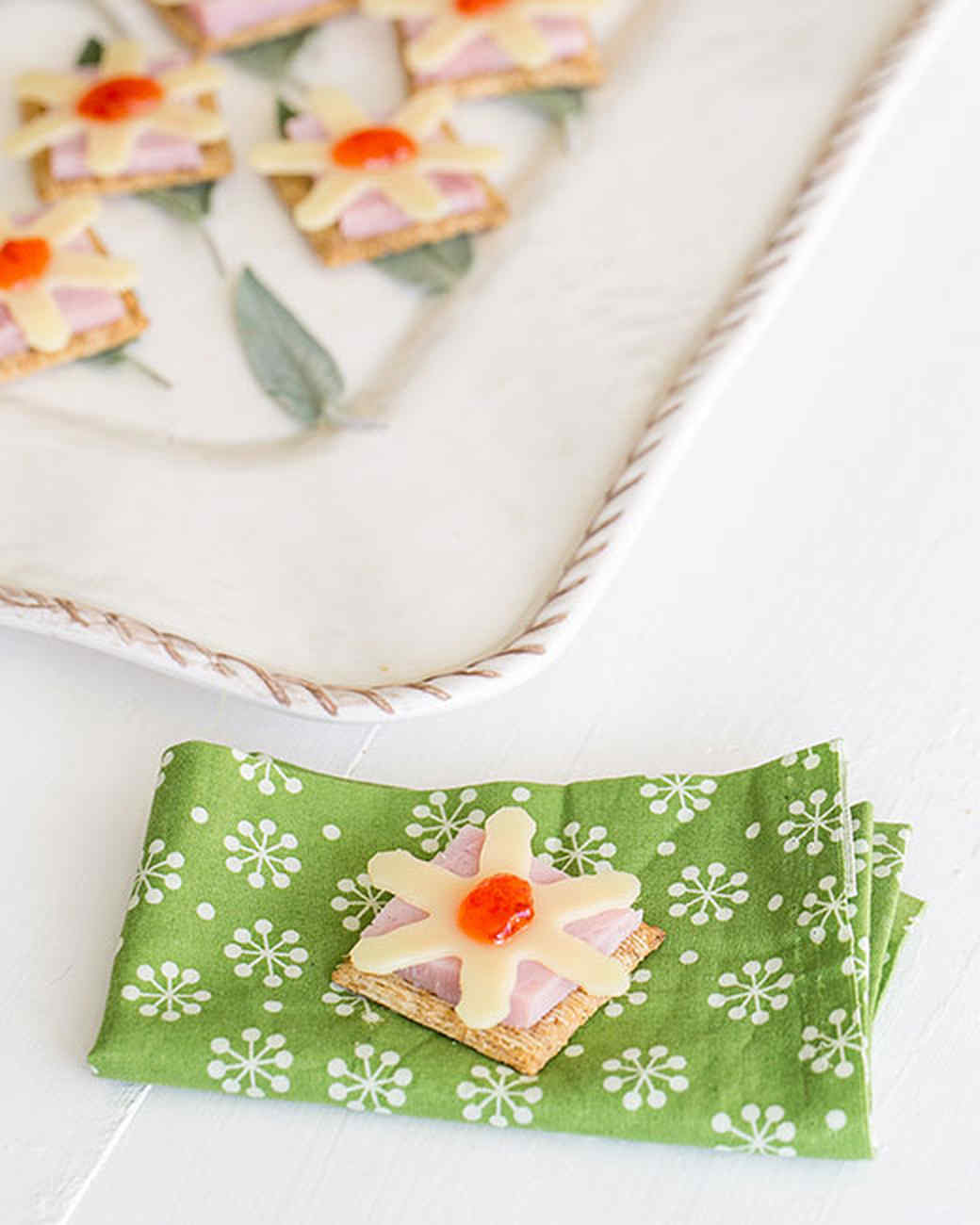 triscuit-ham-and-swiss-with-jalapeno-jelly-1214.jpg