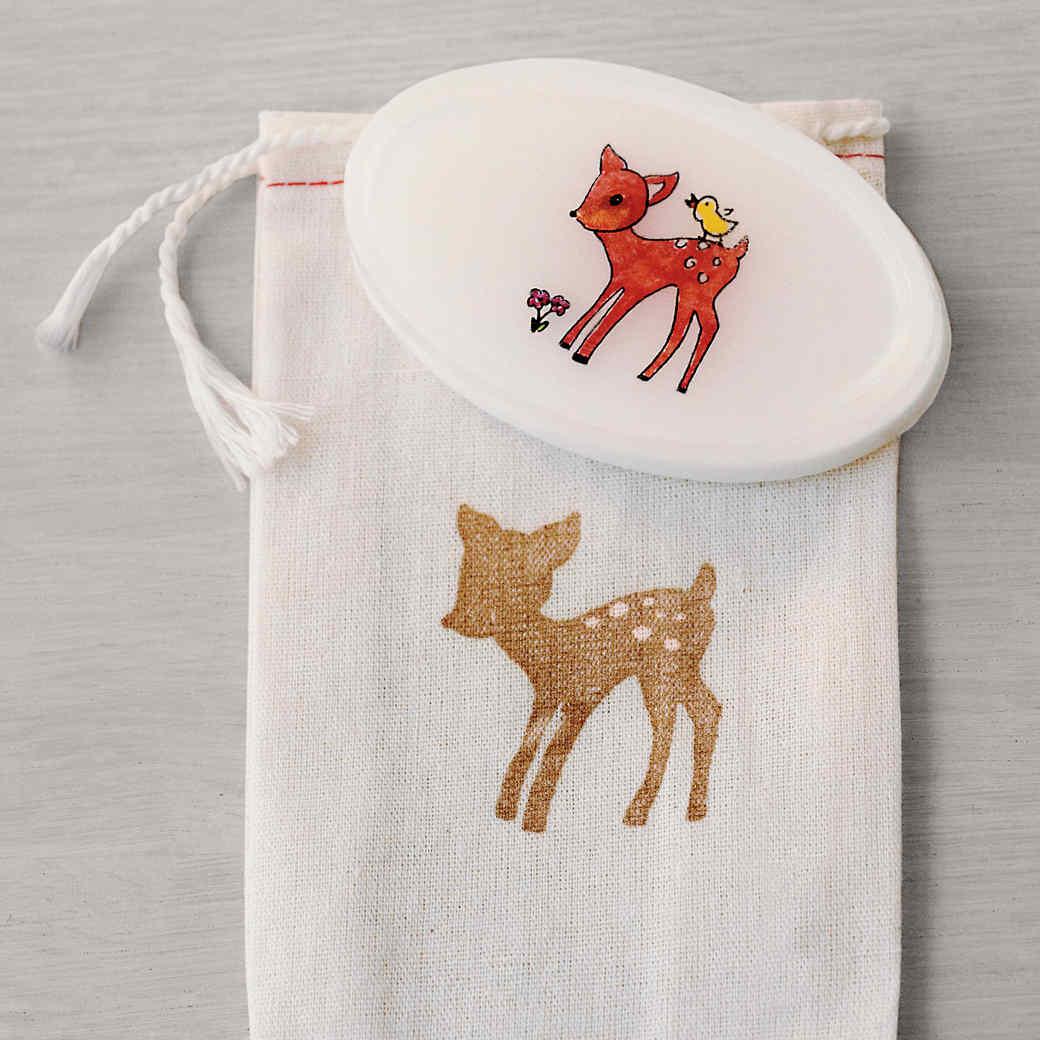 baby-shower-martha-stewart-0302134520v2-md110304.jpg