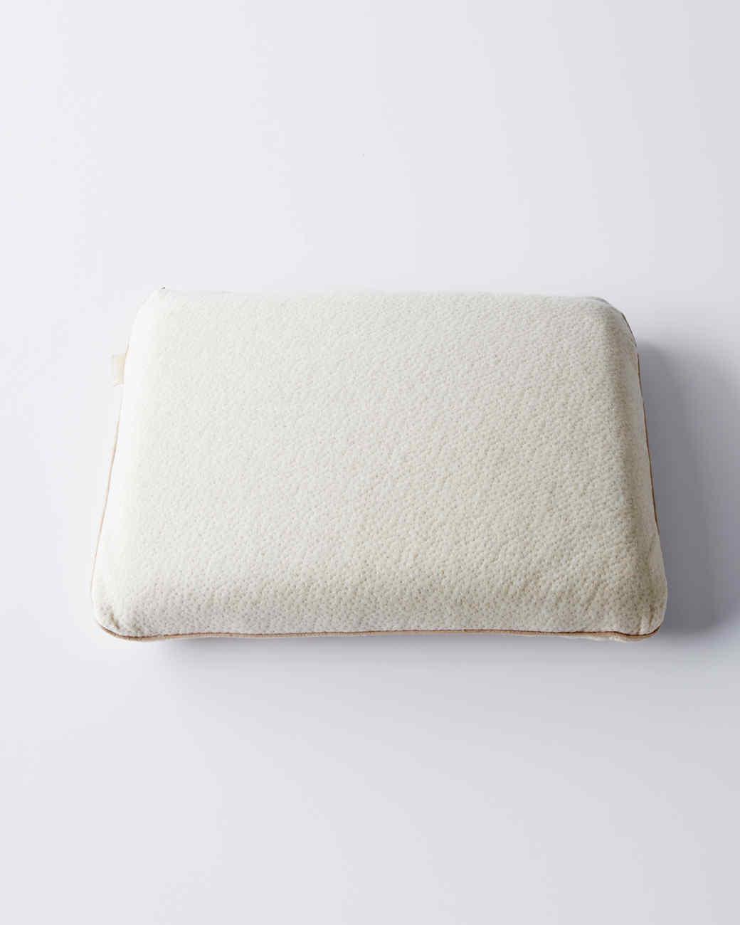 memory-foam-with-green-tea-pillow-3-d111310-0914.jpg