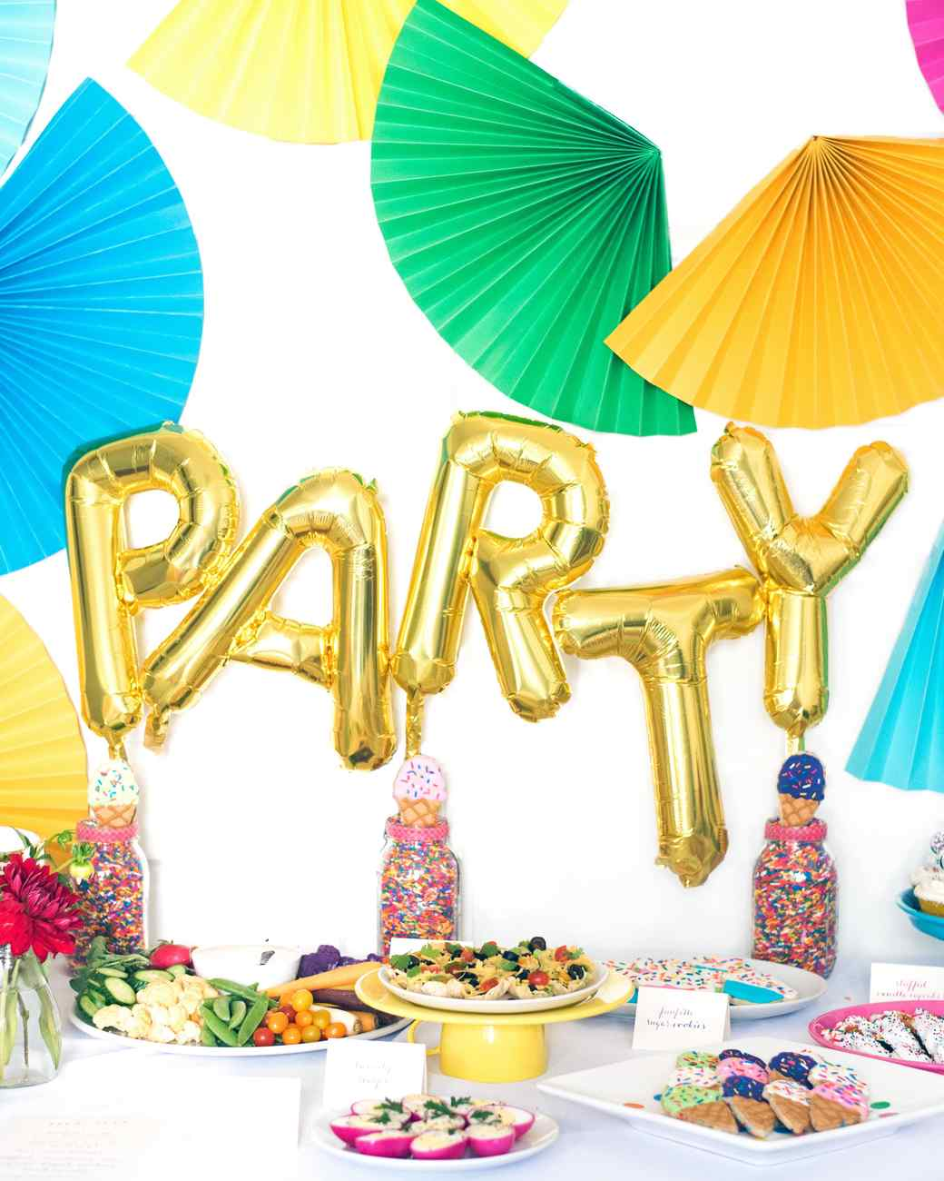23 Balloon Ideas That\'ll Give Your Next Party Extra Pop | Martha ...