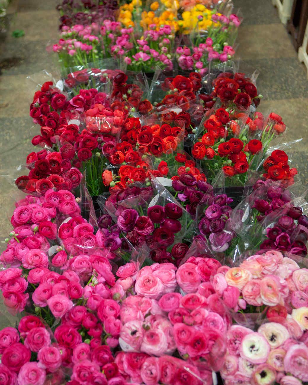 behind-the-scenes-flower-arrangement-7736-d111053.jpg