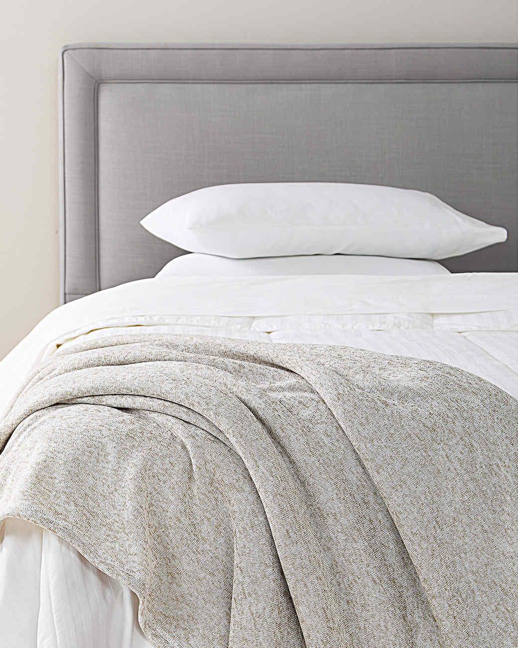 pillows sheets throw