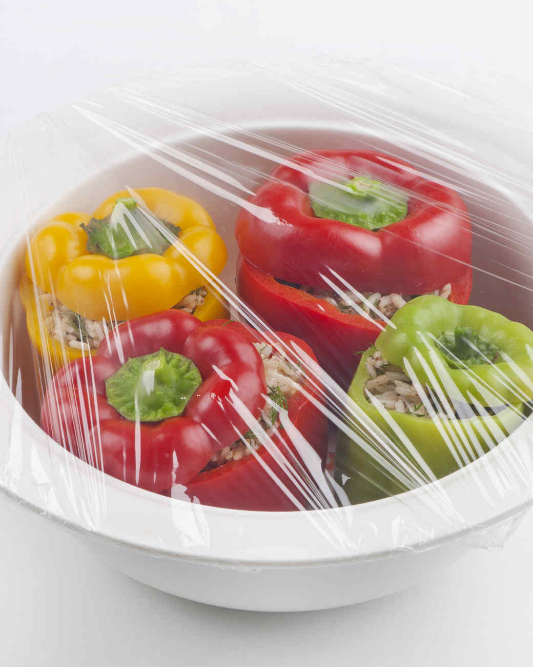 plastic-wrap-peppers-meal-prep
