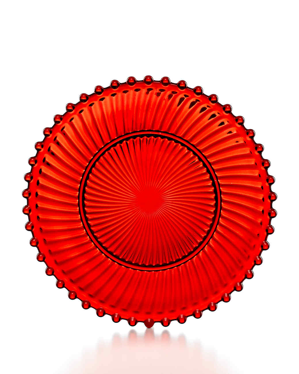 msmacys-dinnerware-red-glass-dessert-plate-mrkt-1013.jpg