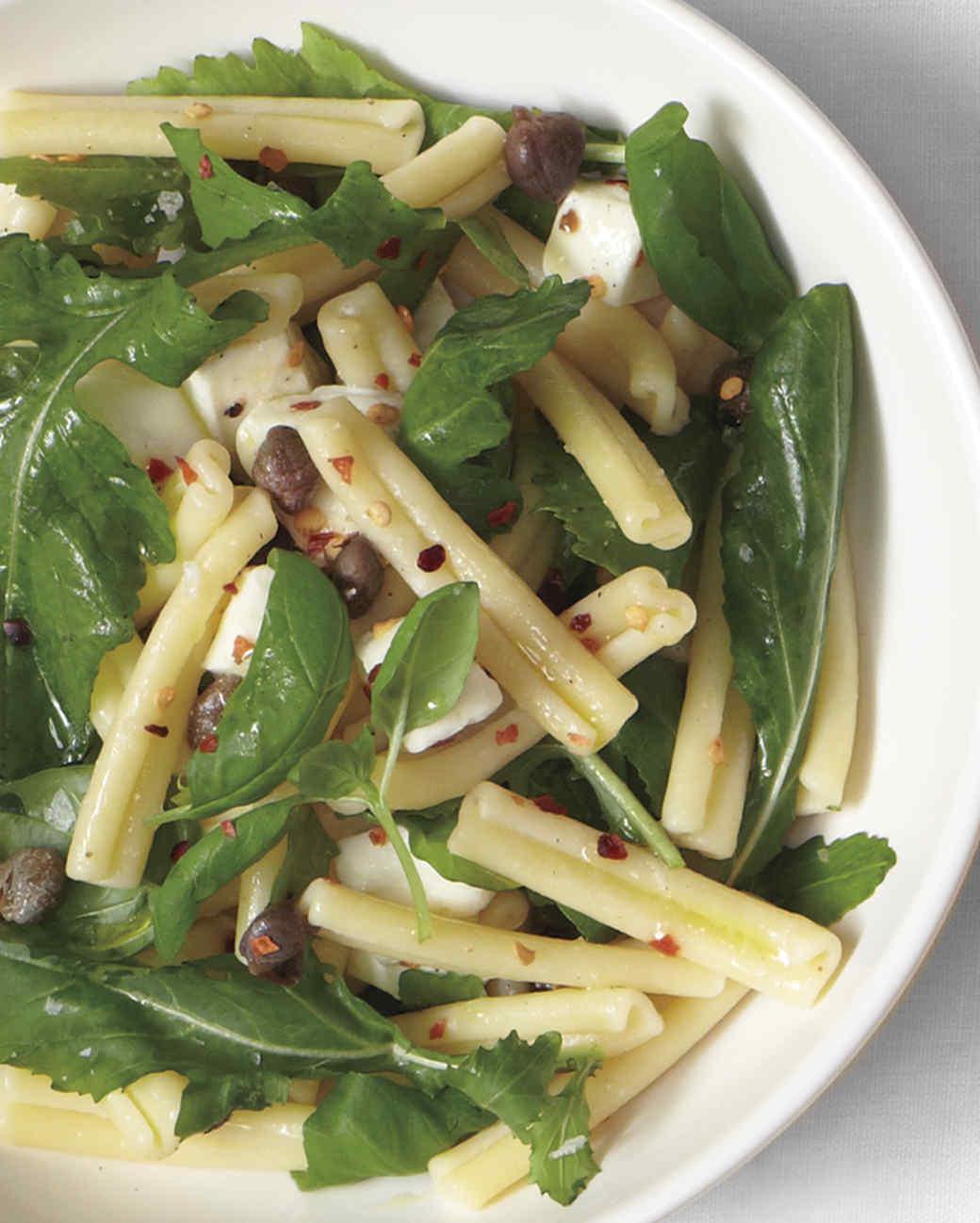 pasta-arugula-and-mozzarella-salad-0615-d107287-0615.jpg