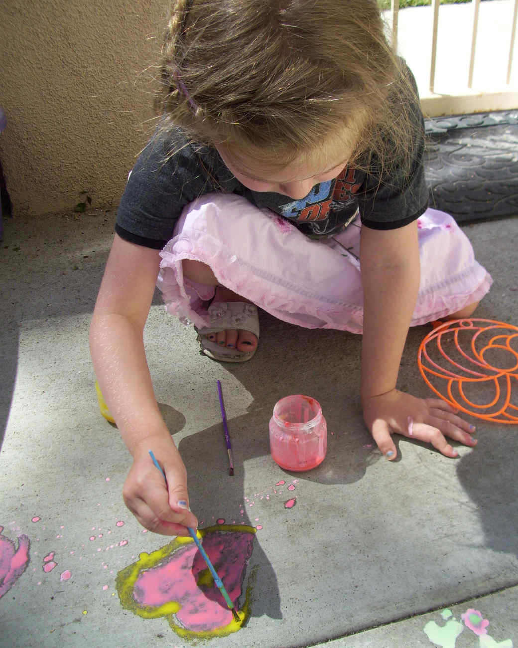 magic-sidewalk-chalk-paint-mamas-magic-studio-001-0714.jpg
