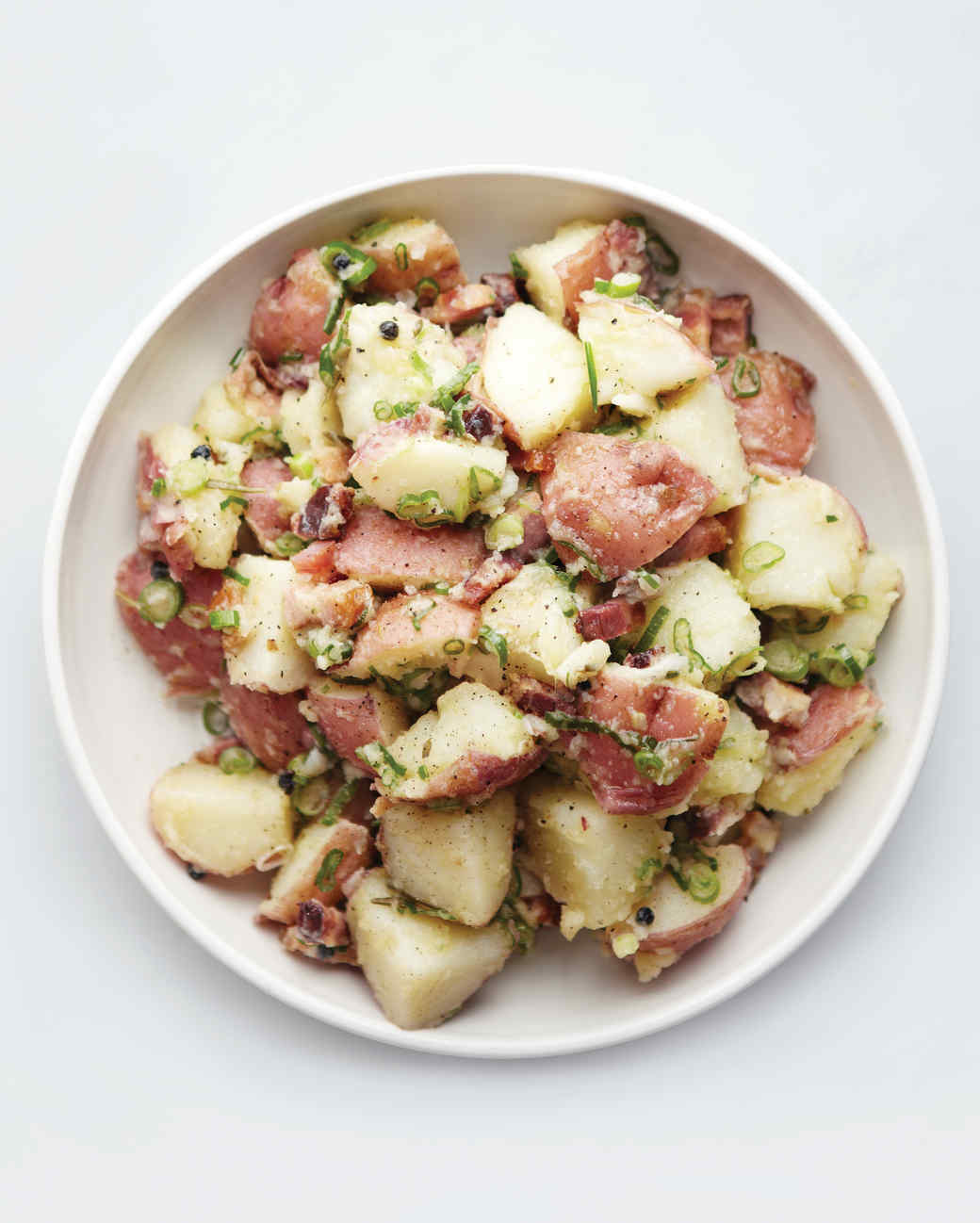 hered-potato-salad-with-bacon-and-scallions-d107478-0615.jpg
