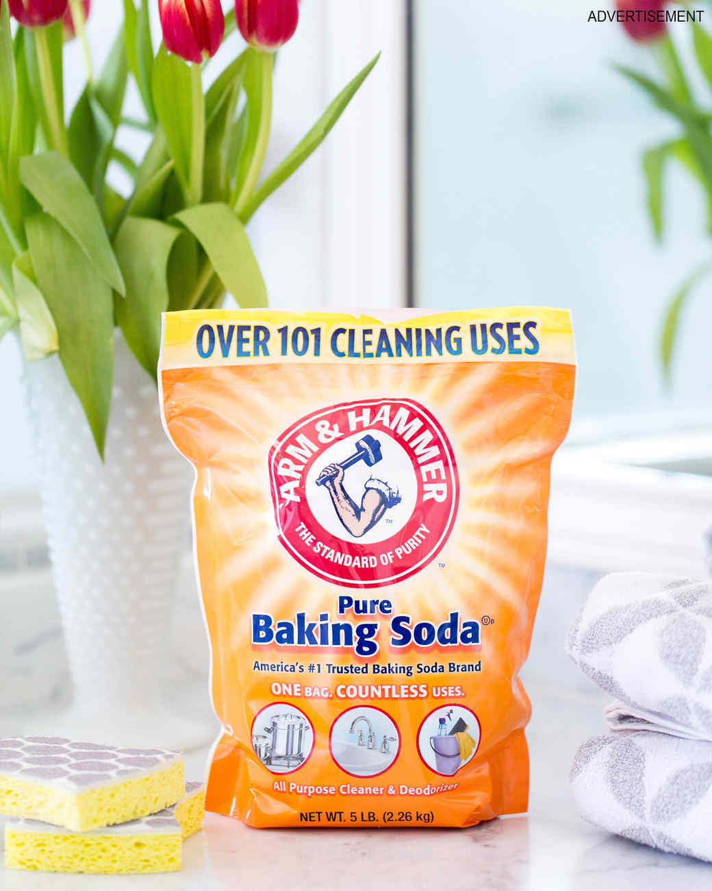 how-to-clean-bathroom-surfaces-opener-baking-soda-new-0316.jpg