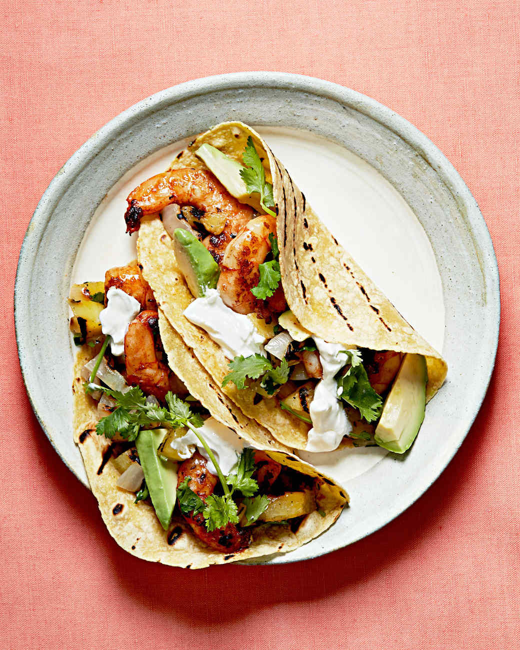 spicy shrimp fajitas with grilled pineapple pico