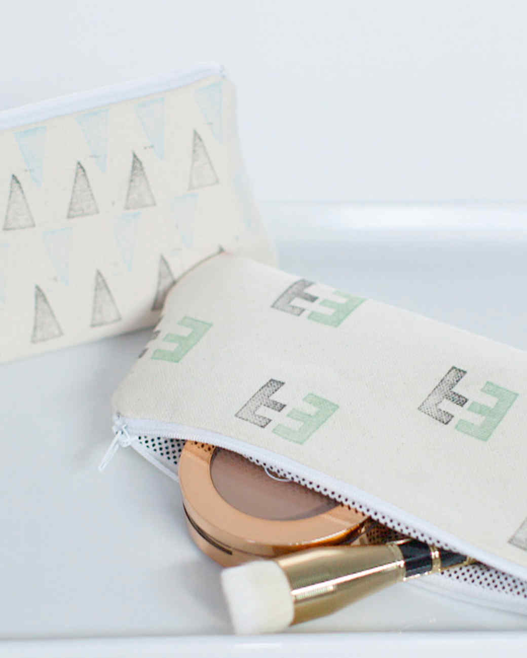 diy-style-erin-furey-diy-makeupbag-craft-final-201508-diy0051.jpg