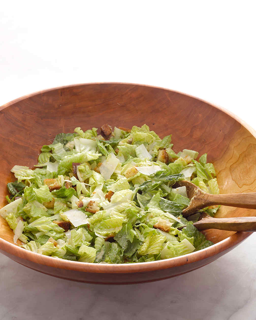 martha-stewart-cooking-school-caesar-salad-am-0009-d110633-20130923.jpg
