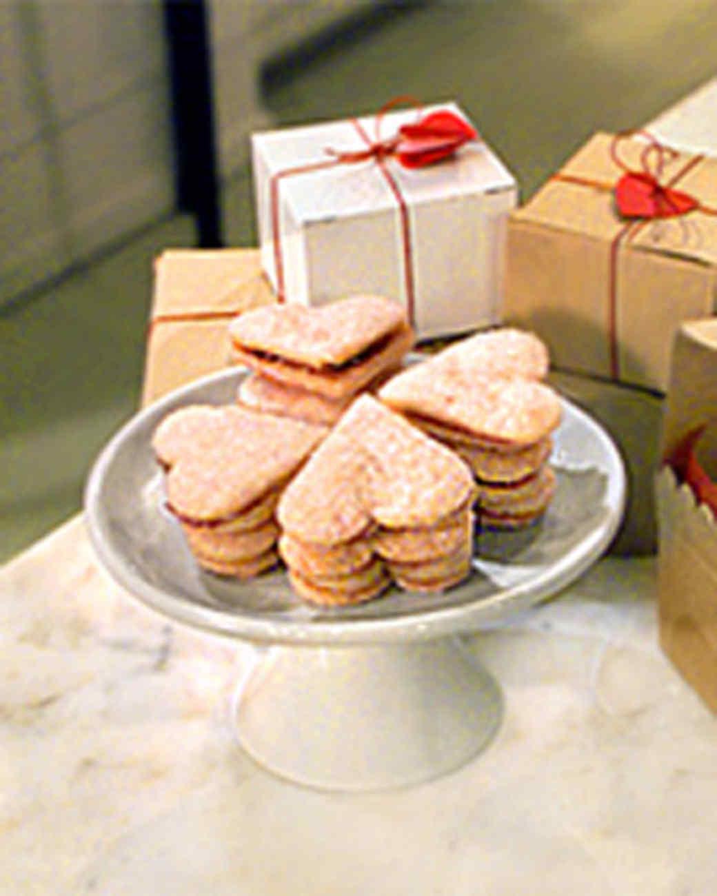 Cream Cookie Sandwich Hearts