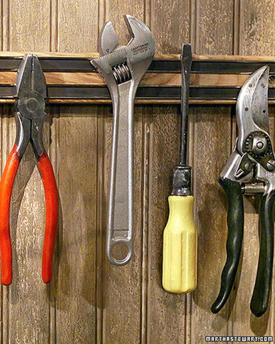 Rubberizing Garden Tools