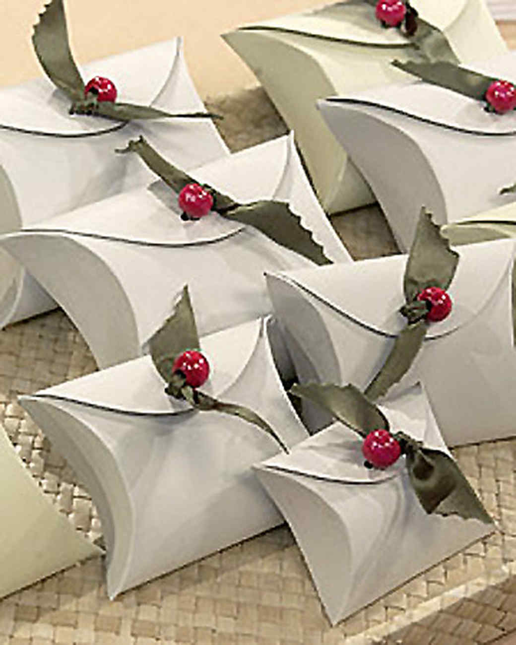 Ribbon Holly Gift Boxes