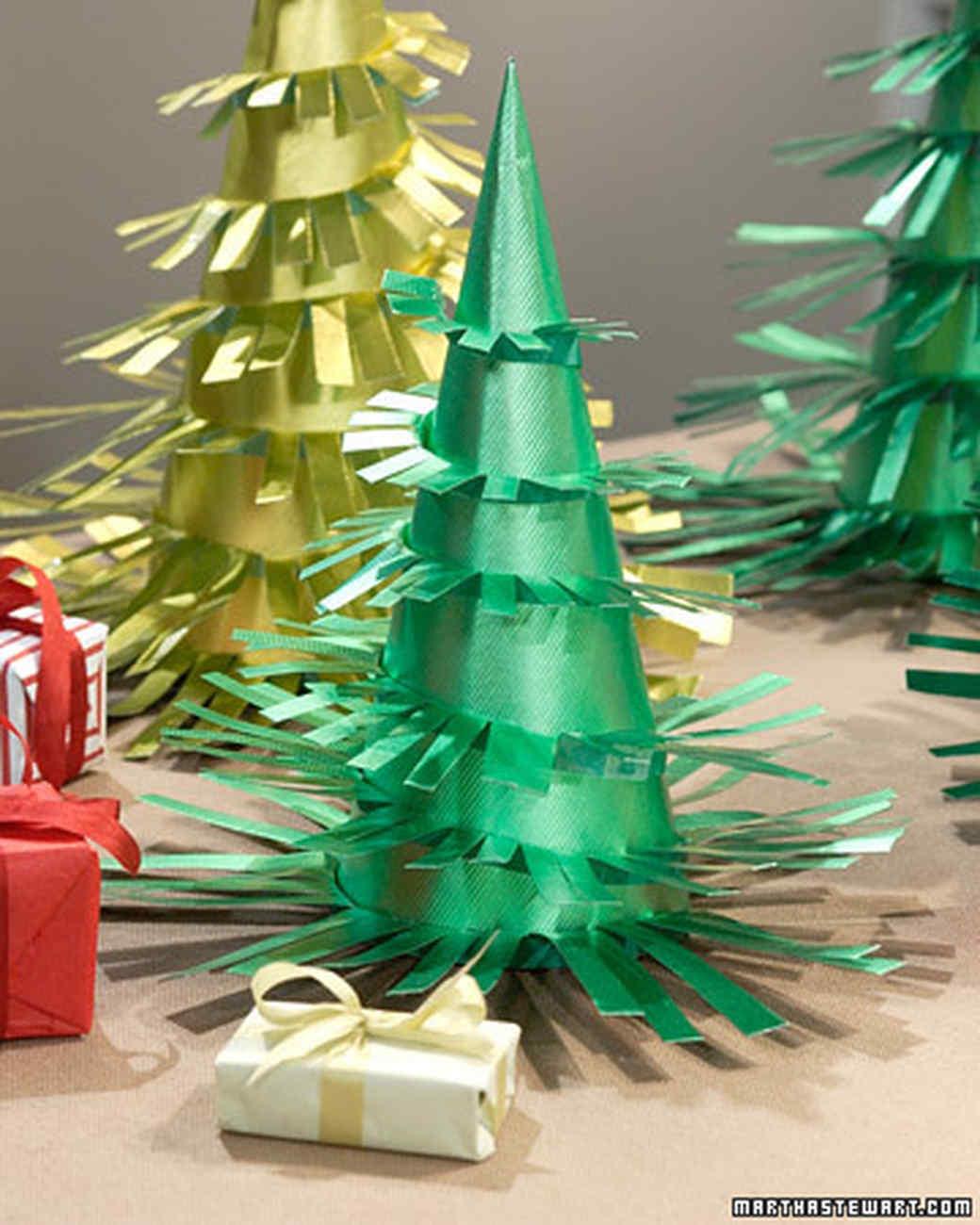 Paper Christmas Trees & Christmas Table Settings | Martha Stewart