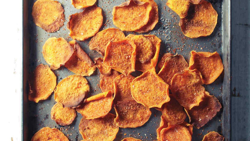 wk3-s-sweet-potato-chips-008-mbd109439.jpg