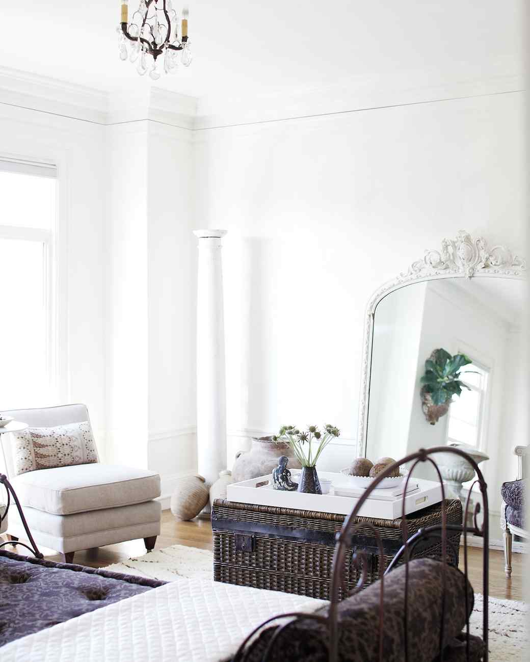 11 Living Room Decorating Ideas Every Homeowner Should Know | Martha ...