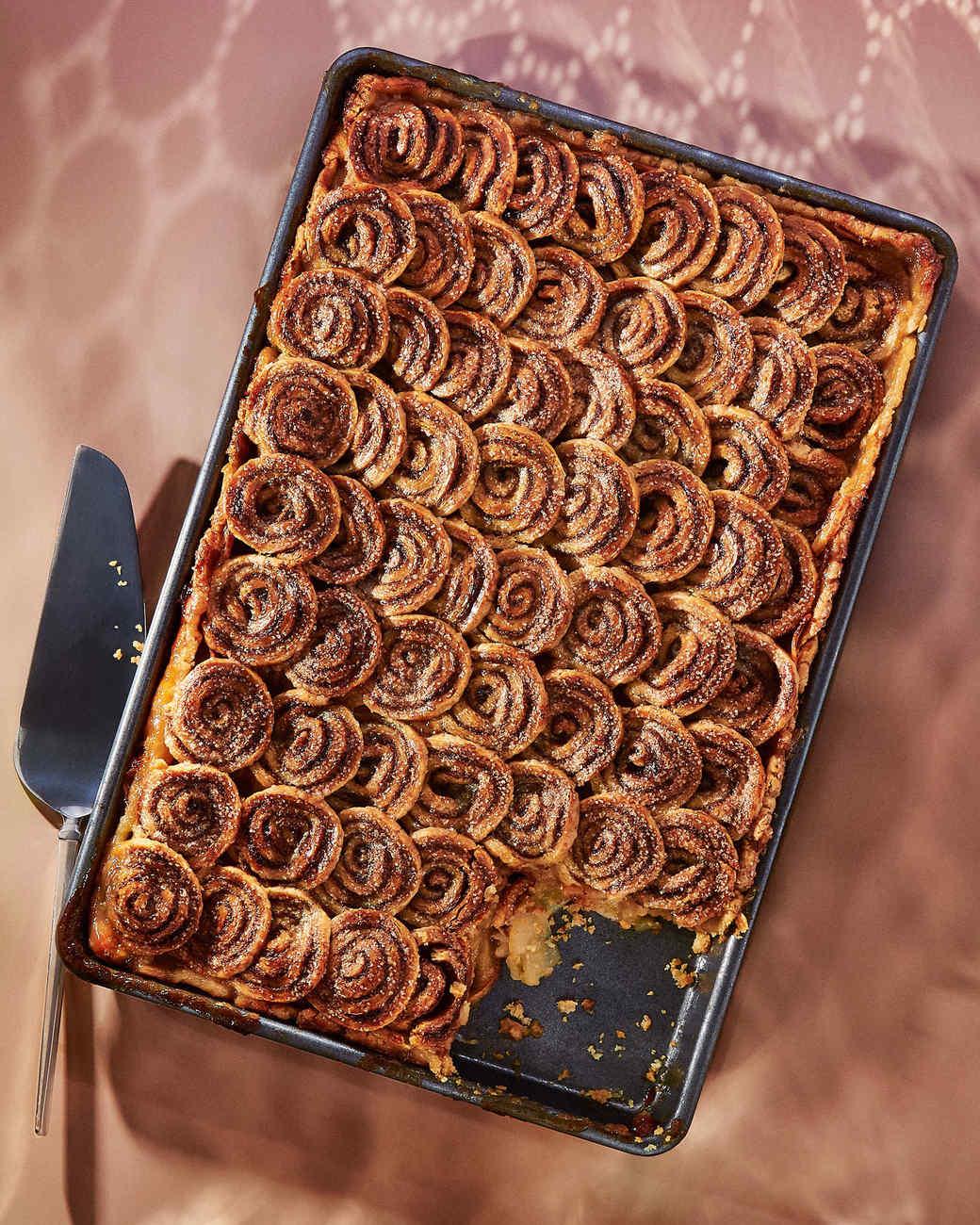 How to Make a Cinnamon-Sugar Shingled Piecrust