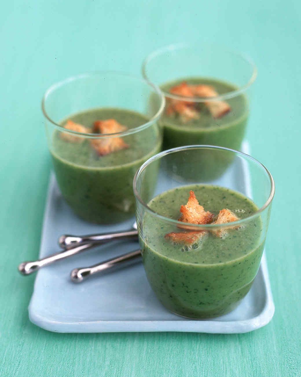 Lettuce and Pea Soup with Croutons
