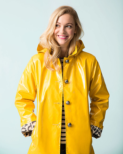 5 Stylish Raincoats That Ll Keep You Dry All Spring Long