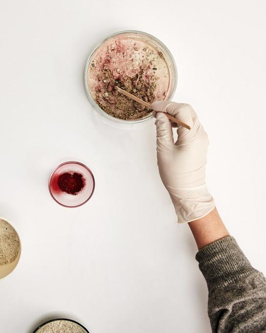 concrete vase mixing ingredients
