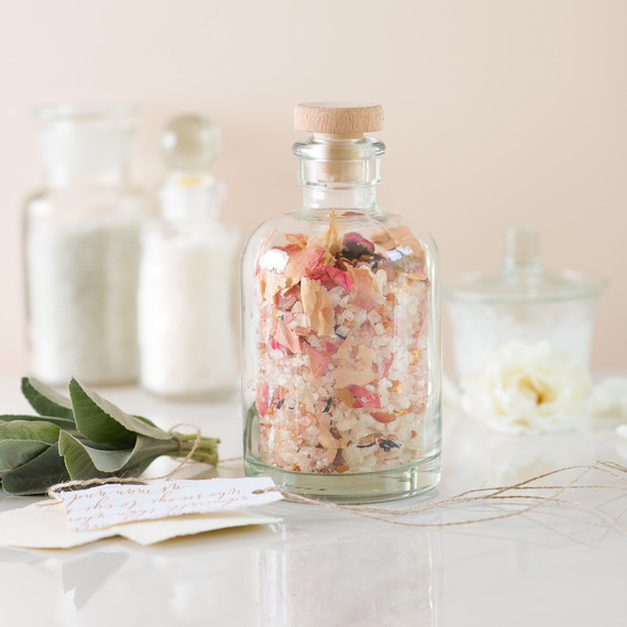 bath-salts.jpg (skyword:226204)