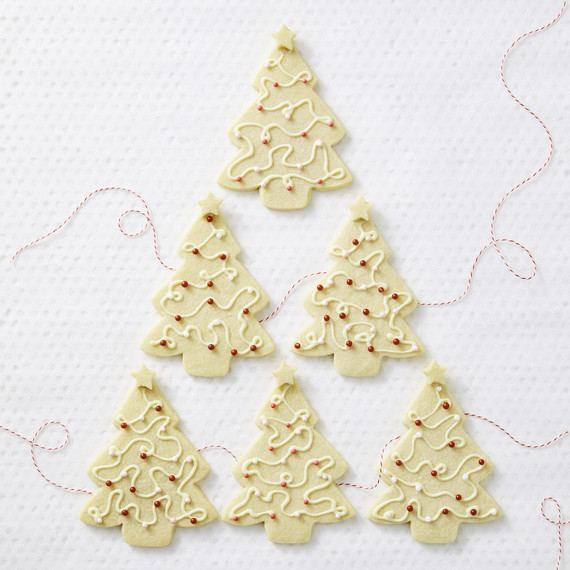 string light christmas tree cookies