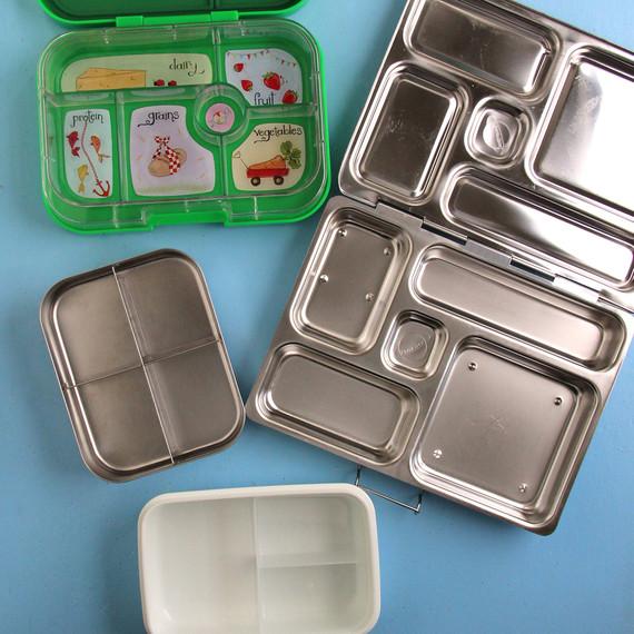 lunch-boxes.jpg (skyword:404450)