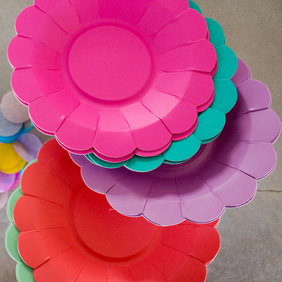 candy_plates_0416.jpg (skyword:302954)